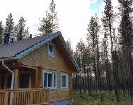 cabin 11 outside summer 3